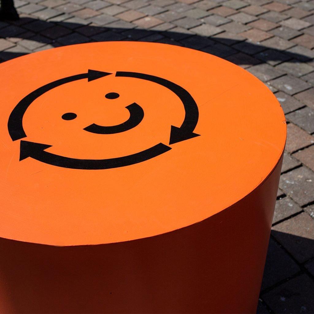 Circular hub - Circular citizen icon seat